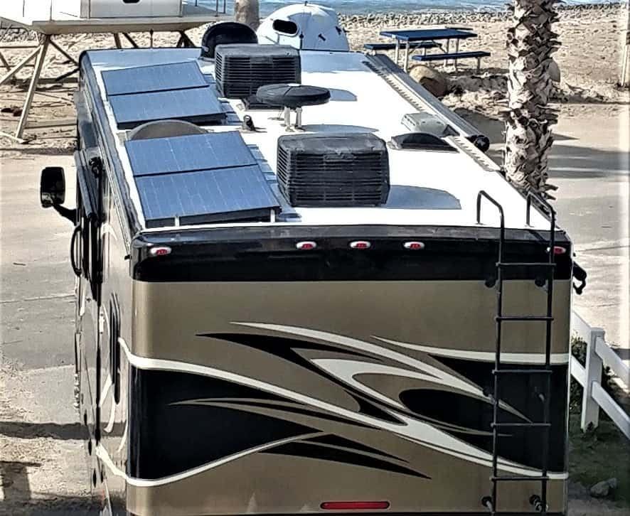 Tiffin RV 34TGA Solar Panels 700 watt