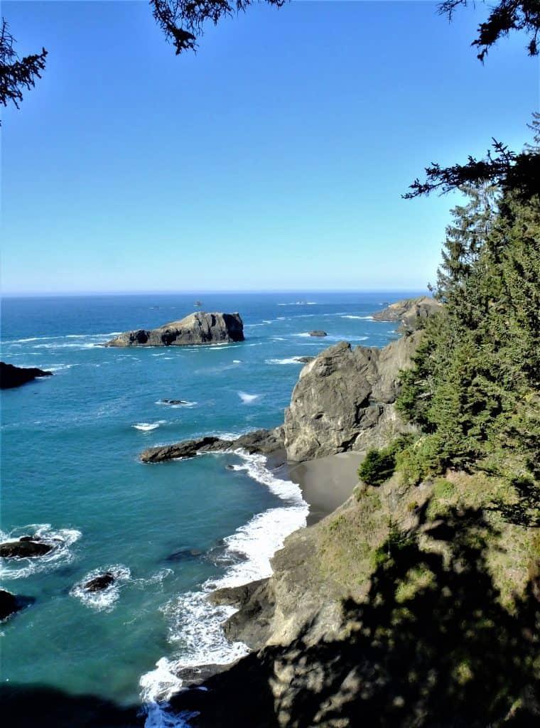 Pacific Ocean near Boardman Scenic Corridor, Brookings, Oregon