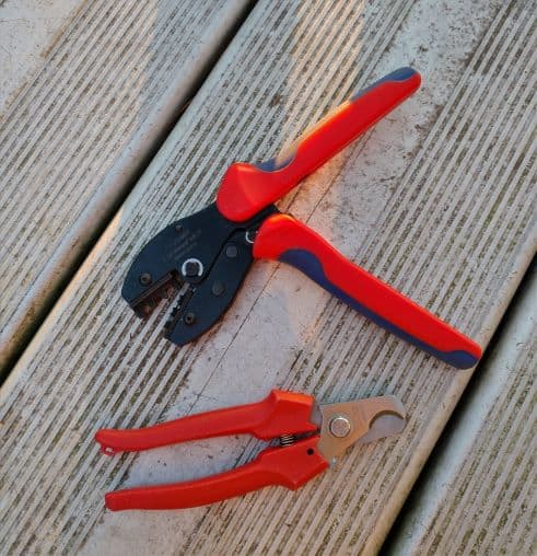 MC-4 crimp tool and cable cutter