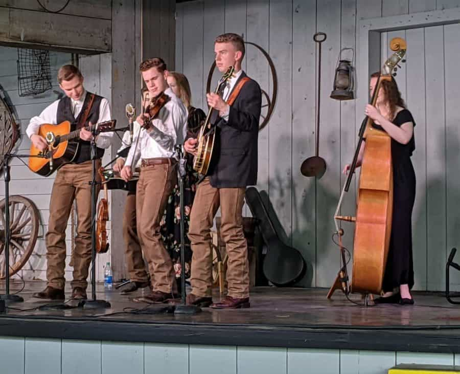Family Sowell Bluegrass Band at Dollywood