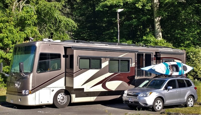 Our RV with Surecall cell phone booster directional antenna at Linville Falls