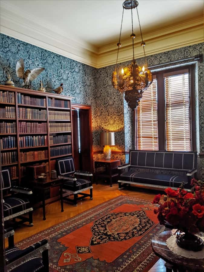 The lounge next to the gun room in the gentleman's wing.