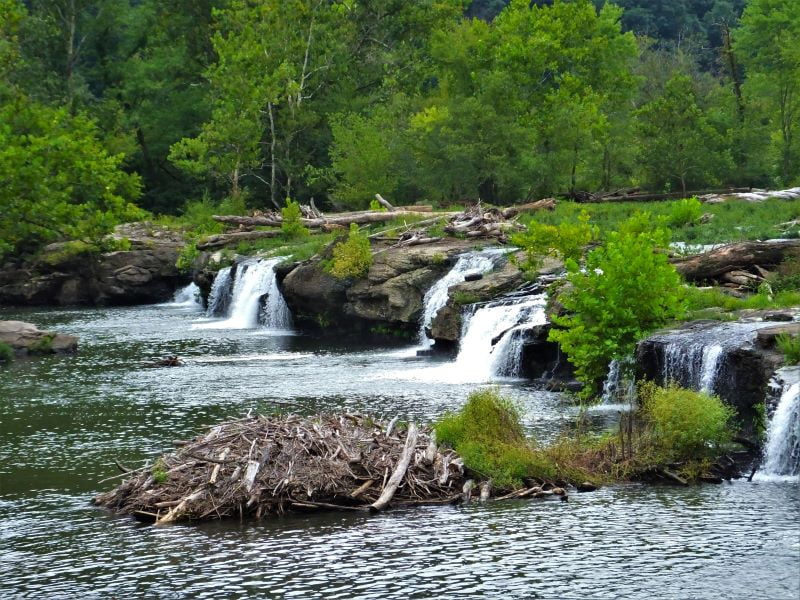 Samdstone Falls on the New River