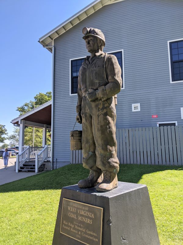 Coal miner statue at the Beckely Mine Museum